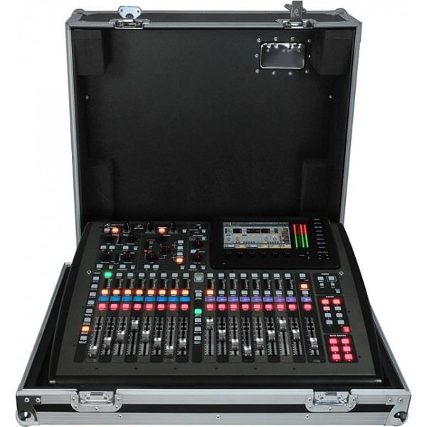 Цифровой микшерный пульт Behringer X32 Compact-TP